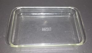 Vintage Pyrex 33x23x5cm for Sale in Westlake, OH