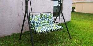 Garden chair for Sale in Kissimmee, FL