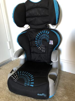 Evenflo Booster Seat Manufactured 2017 for Sale in Overland Park, KS