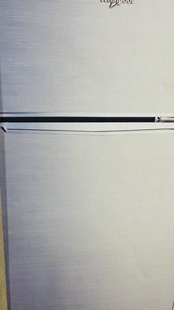 Whirlpool 3.1 Cubic Foot Refrigerator / Freezer for Sale in Silver Spring,  MD