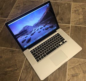 "Fully loaded Macbook pro Laptop with 2017 Software and 1tb storage (1024 gb) , 15"" LCD ( not small 13"" or 11"" ) and fast i7 CPU ( not slower i5 or i for Sale in Irvine, CA"
