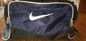 Nike duffle bag for Sale in Bolingbrook, IL