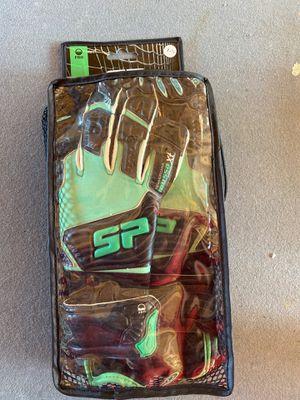 Goalkeeper gloves for Sale in Sumner, WA