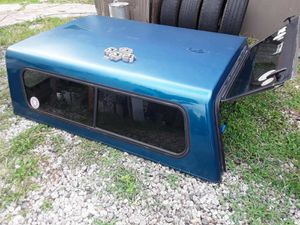 6 ft fiberglass camper 06 Ford Ranger good condition asking 380 for Sale in Houston, TX