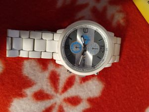 Unlisted white watch for Sale in Columbus, OH