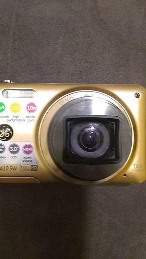 GE E1410 SW HD digital camera for Sale in Rialto, CA