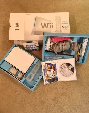 Nintendo Wii Sports Pack Console White for Sale in Santa Maria, CA