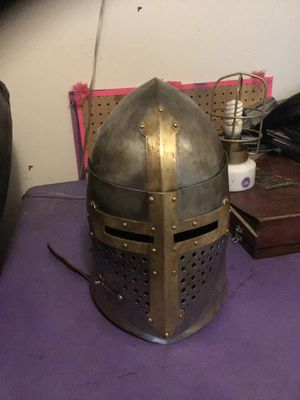 Sugarloaf crusaders great helm for Sale in Mason City, IA
