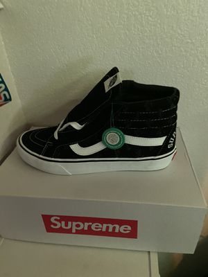 supreme vans ss20 hole punch demi black deadstock size10 1/2 for Sale in Gonzales, CA