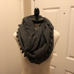 Anthropologie grey circle scarf for Sale in Oakley, CA