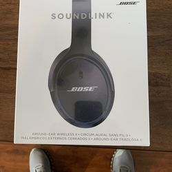 New Unopened Wireless Bose Headphones for Sale in Snoqualmie Pass,  WA