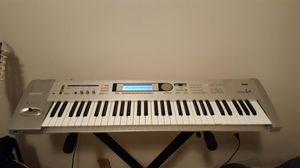 Korg Triton Le for Sale in Mount Crawford, VA