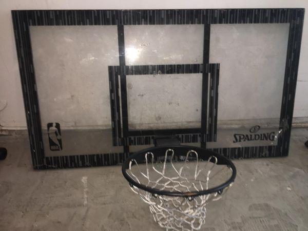 Spalding Basketball Hoop