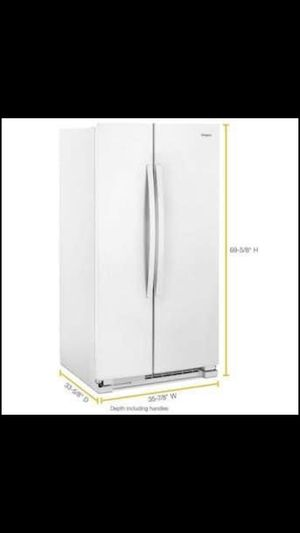 WHIRLPOOL REFRIGERATOR LIKE NEW for Sale in Niles, IL