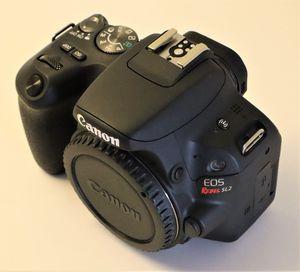 Canon EOS SL2 camera body for Sale in Miami, FL