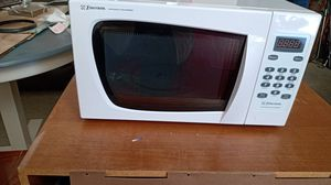 Emerson microwave for Sale in Pataskala, OH