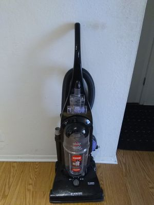 Bissell Pet Cleaner Vacuum Cleaner for Sale in Tulsa, OK