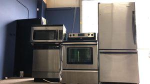 Bottom freezer stainless steel kitchen appliance set for Sale in Winter Park, FL