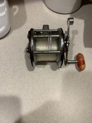 Vintage penn fishing reel for Sale in Philadelphia, PA