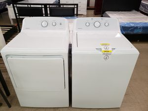 HotPoint Washer & Dryer for Sale in Progreso Lakes, TX