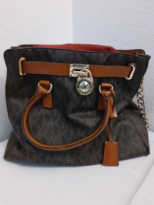 $124.99 MICHAEL KORS HAMILTON SATCHEL for Sale in Albuquerque, NM