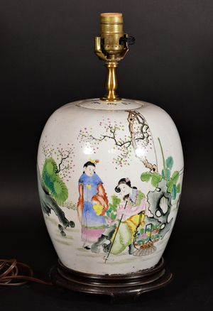 Antique Chinese famille rose porcelain vase table lamp for Sale in Allen, TX