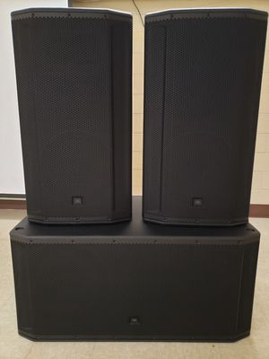 JBL SRX powered Speakers (2) SRX 835P (1) JBL SRX 828SP (2) 3-way tops and a sub. Asking $3500 or best offer. They have never been used. for Sale in Fort Wayne, IN