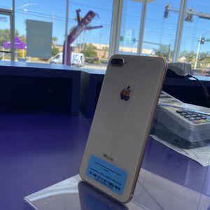 iPhone 8 Plus 64gb for Sale in Lakeland, FL