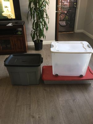 Plastic storage containers for Sale in Alhambra, CA