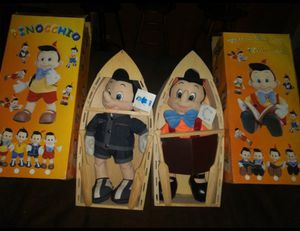 Disney Collectors 2 RARE Hard to find children's classic series collectible toys Pinocchio in boat display for Sale in Hawthorne, CA