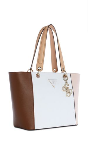 Tote hand bags cameo multi color and floral for Sale in Kissimmee, FL