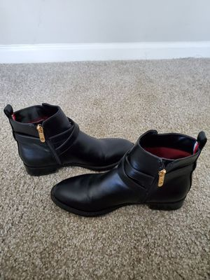 Black womens ankle fall/winter boots size 6 for Sale in Marietta, GA