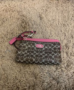 Women's Coach purse/wristlet! Never used! for Sale in Highland, CA