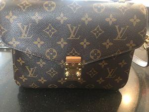 Louis Vuitton Pochette Métis bag for Sale in Middletown, NJ