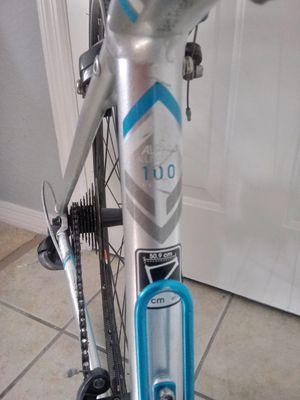 "Road bike for woman 47"" trek . for Sale in Kissimmee, FL"