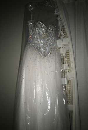 Ball Gown, Silver and White. for Sale in Canton, MI