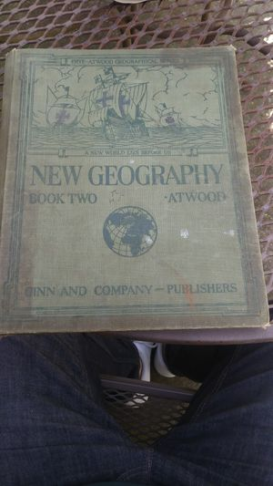 1929 Geography Book for Sale in Livonia, MI