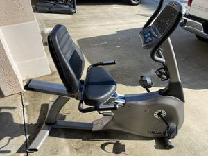 Recumbent Exercise Bike Vision Fitness R2200 for Sale in FL, US