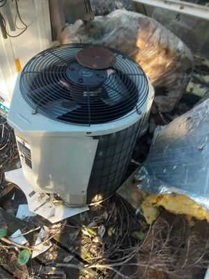 Outside ac unit for Sale in Jacksonville, FL