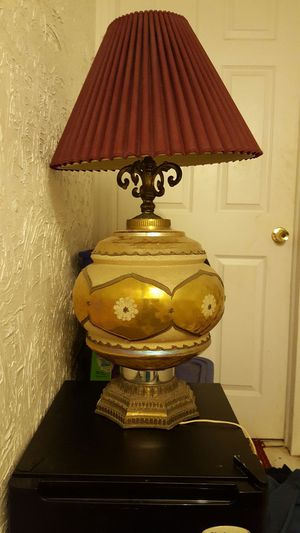 Nice antique large lamp the original lamp shade broke, but you can put any shade of your liking. for Sale in Cleveland, OH