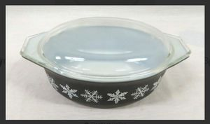 Pyrex Black Snowflake for Sale in Campobello, SC