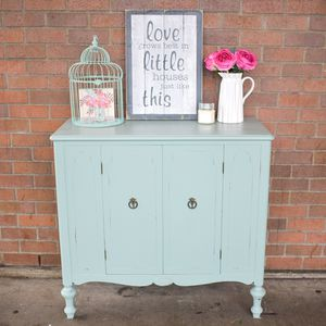 Vintage cabinet for Sale in Auburn, WA