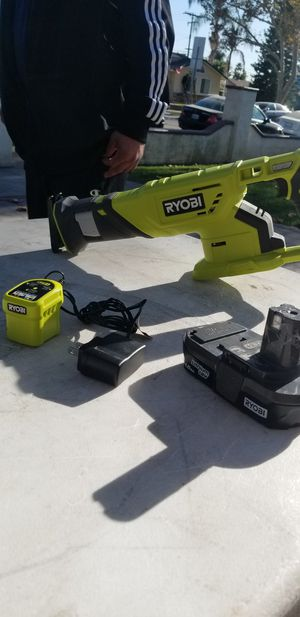 Ryobi cutter soso kit with battery and charger for Sale in City of Industry, CA