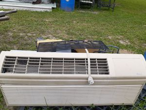 Ac unit for Sale in Zephyrhills, FL
