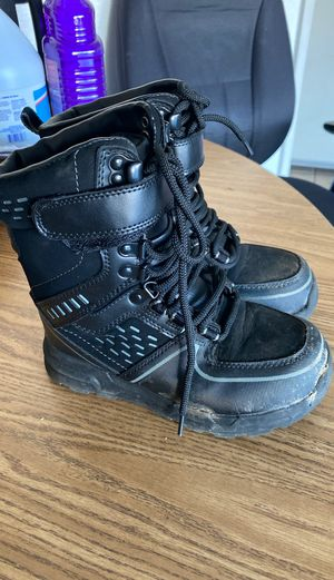 Kids Snow Boots sz 13 for Sale in Fontana, CA