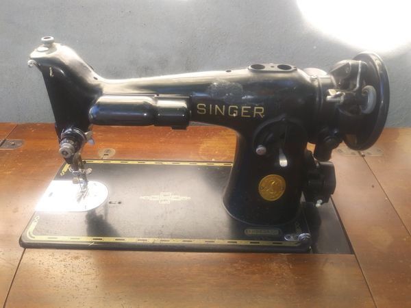 Old Singer Sewing machine for parts