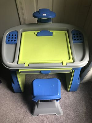 Kid's desk and chair for Sale in Darnestown, MD
