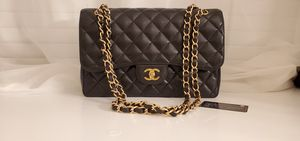 Authentic Chanel Jumbo Caviar Classic Flap Purse GHW for Sale in Lewisville, TX