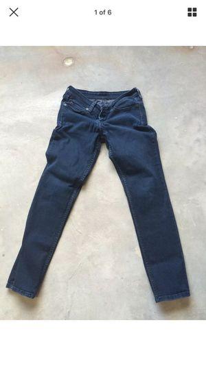 Authentic Levi's dark Blue Stretch Low Cut Jeans Size 5/c for Sale in Miami, FL