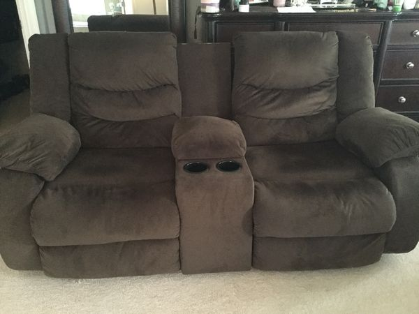 Brown center console Manual Recliner